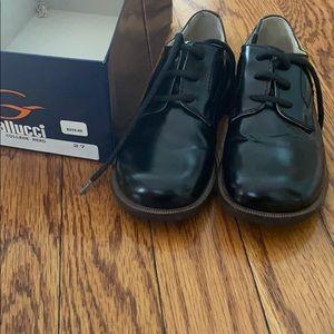 Gallucci boys formal dress shoes size 10/27